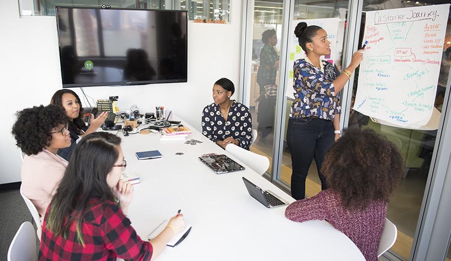 Seis empresas españolas presentes en el Índice de Igualdad de Género de Bloomberg