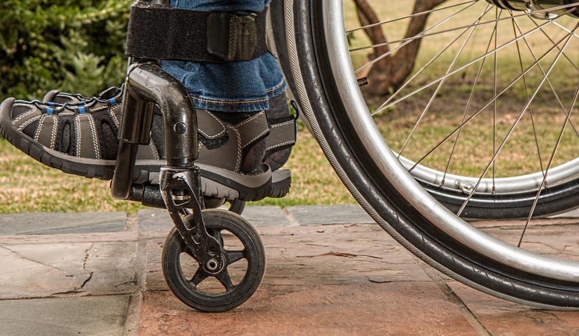 Los contratos a profesionales con discapacidad aumentan un 13% respecto a 2016