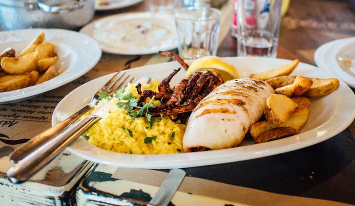 El 65% de los trabajadores reduciría su tiempo de comida para salir antes del trabajo
