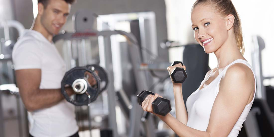 El entrenamiento con pesas, clave para mantenerse joven